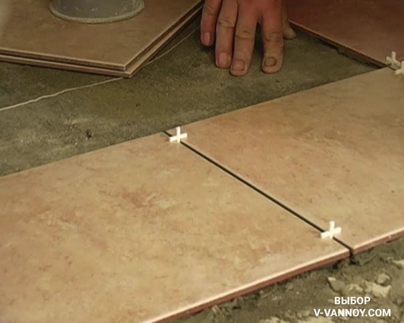 Как уложить кафельную плитку на пол