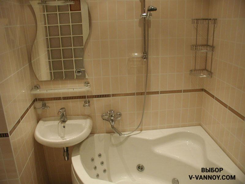 Пастельные цвета в облицовке ванной 4 кв.м.