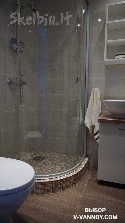 Душевая кабина в помещении ванной, совмещенной с туалетом (3 кв. м).