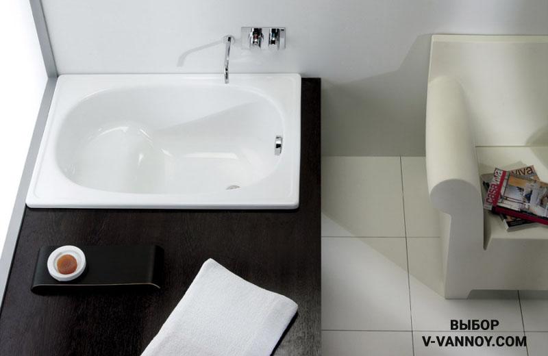 Ванна стальная с сиденьем без ножек (EUROPA mini), габариты изделия: 1050x700.