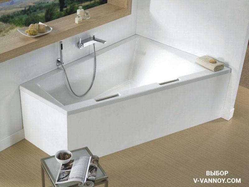 Угловая асимметричная модель: Doppio. Производитель: Riho (Голландия/Чехия). Ванна изготовлена из 100% литьевого акрила, 320 литров. Габариты (ДхШхГ): 180х130х52 см.