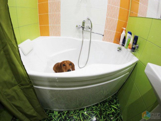 Маленькая ванная 3 кв.м в салатово-оранжевых оттенках и с керамическими фигурками